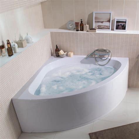chambre baignoire balneo déco salle de bain les 20 plus belles baignoires de l 39 ée 2013 baignoire balnéo te atsu