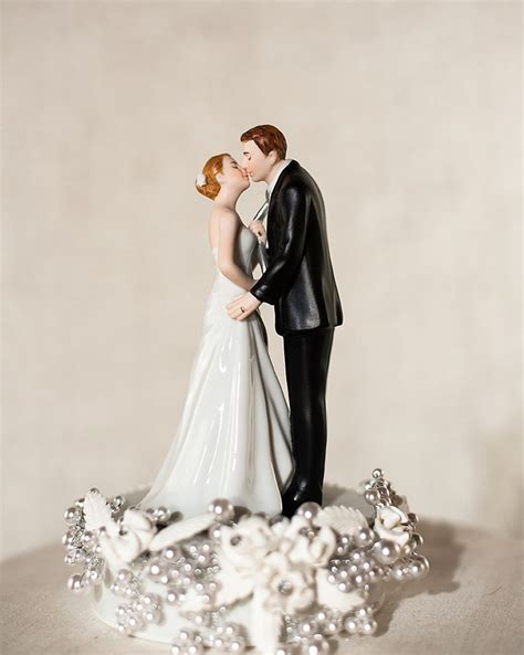 quot tie ing the knot quot pearl wedding cake topper wedding collectibles