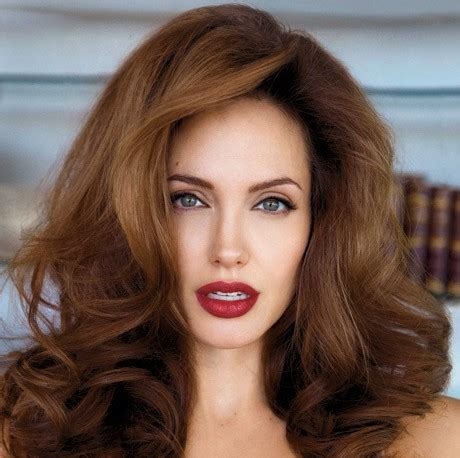 foto de Lipstick Tips: How to Get the Perfect Lip Look RESCU