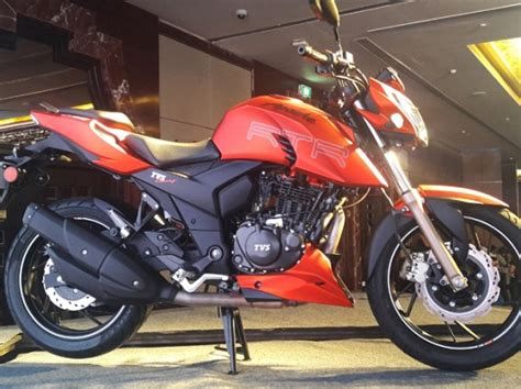 Tvs Apache Rtr 200 4v 4k Wallpapers by Tvs Launches Apache Rtr 200 4v Alongside Victor In India