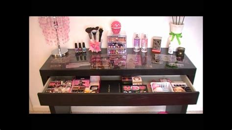 Vanity Tour/ Makeup Collection 2012!