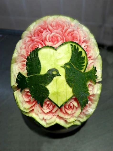 1001 id 233 es de sculpture sur fruits et l 233 gumes