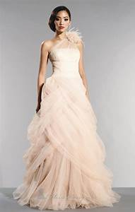 Non traditional beach wedding dresses dresses trend for Non traditional wedding gowns