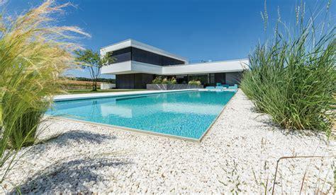 Haus Kaufen Mit Pool Schweiz by Ein Eigener Pool Einfach Einladend Das Einfamilienhaus