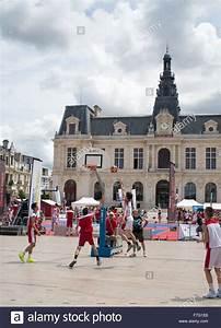 Poitiers Carte De France : basketball tournament in the place de la mairie poitiers ~ Dailycaller-alerts.com Idées de Décoration