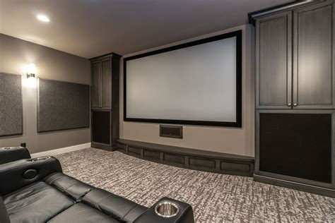 media room  tiered theater seating  full wet
