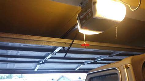 chamberlain garage door opener problems liftmaster chamberlain garage door opener problem