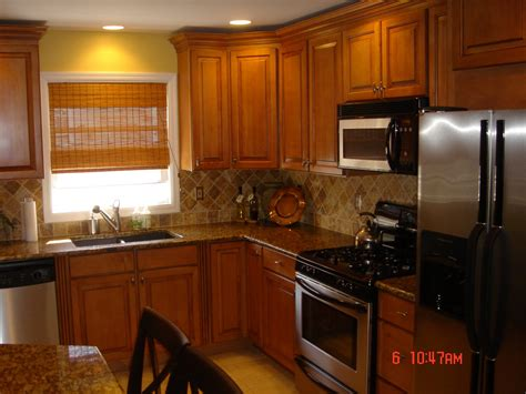 oak cabinets kitchen ideas kitchen backsplash oak cabinets best home decoration