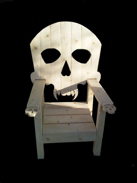 chaise tete de mort fauteuil chaise en bois avec dossier tête de mort