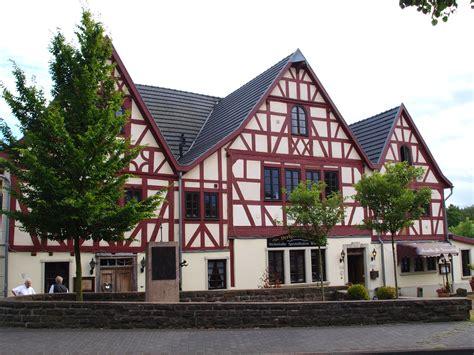 Giebel Haus Datei Hennef Drei Giebel Haus Jpg