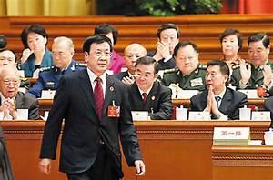 曹建明:反腐败斗争盯上扶贫领域
