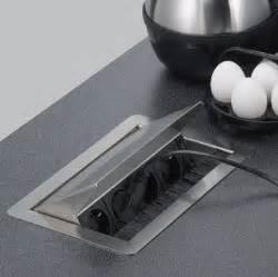 prises escamotables cuisine bloc prise escamotable rangements et accessoires pour