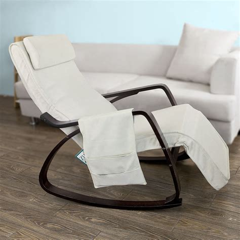 rocking chair pour allaiter sobuy 174 rocking chair fauteuil 224 bascule ber 231 ante avec repose pieds fst20 w fr