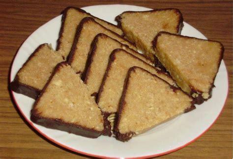 Tortë trekëndëshe - Receta Gatimi Shqip in 2020   Food ...