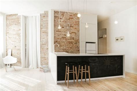 mur ardoise cuisine mur brique déco en peinture ardoise et plancher en
