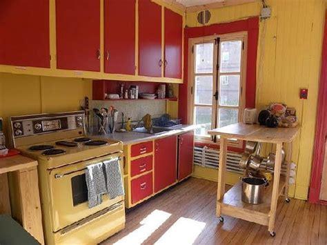 la cuisine collective la chambre appartement auberge de jeunesse la maison price