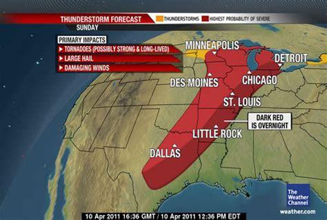 Fotografía: Una alerta de tormentas severas con tornados
