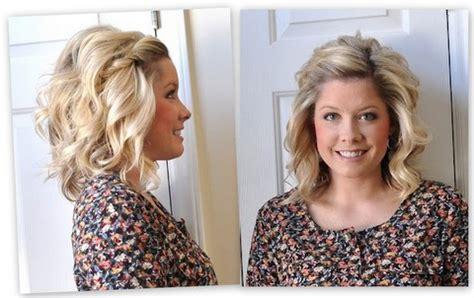 donner du volume aux racines plates des cheveux boucles