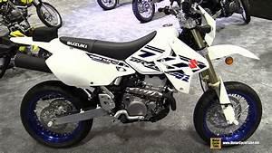 Suzuki 400 Drz Sm : 2017 suzuki dr z 400 sm super motard walkaround 2016 aimexpo orlando youtube ~ Melissatoandfro.com Idées de Décoration