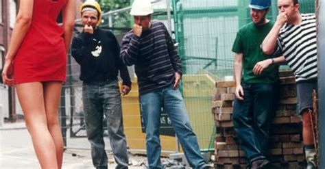 Woman Hilariously Gives Catcalling Construction Workers