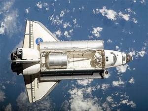 NASA Contracts Private Companies to Carry Astronauts to ...