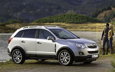 Opel Antara by Comparison Opel Antara 2015 Vs Lincoln Mkx 2016