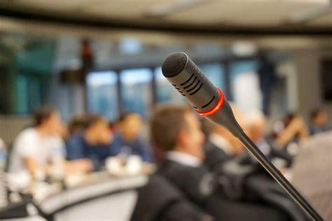 siege caisse epargne ile de conférence sur place des femmes dans les conseils d