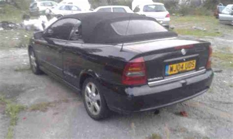 opel astra 2004 black 2004 vauxhall astra coupe convertible black spares or