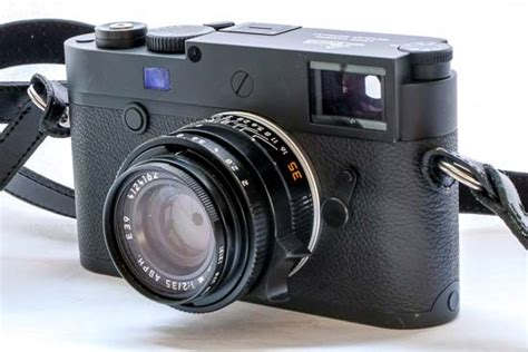 leica   review photography blog