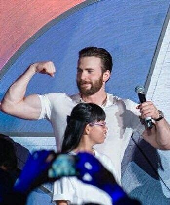 chris evans biceps | Tumblr