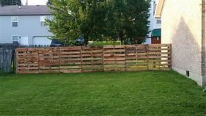 Pallet Fence • Pallet Ideas • 1001 Pallets