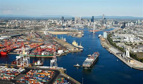 Home Overlooking Melbournes Shipping Ports by Kalmar Signs New Automation Contract With Port Of