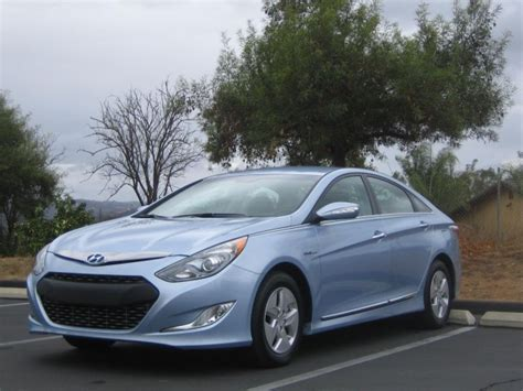 Who's Your Gas Buddy? 16 Cars With 40-mpg Gas Mileage On