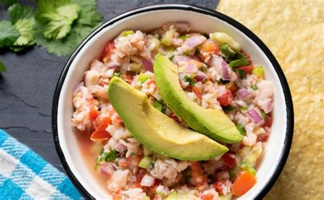 Receta de ceviche de pescado estilo Sinaloa con Clamato