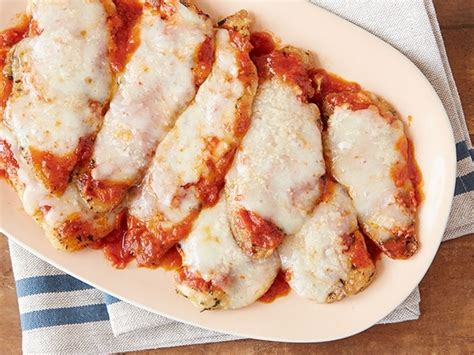parmesan chicken chicken parmesan recipe chicken parmesan recipes parmesan recipes and giada de laurentiis