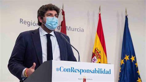 Moción de censura nfnombre femenino: PSOE y Cs presentan una moción de censura en Murcia ⭐