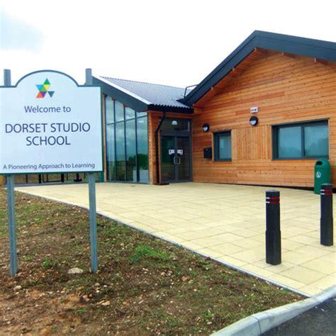 dorset studio school  pioneering approach  learning