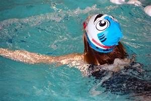 Aktiv Basen Wasser : kostenloses foto badekappe schwimmen schwimmbad kostenloses bild auf pixabay 619090 ~ Frokenaadalensverden.com Haus und Dekorationen