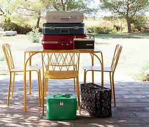 Mobilier De Jardin Fermob : chaise kintbury chaise en m tal mobilier de jardin collections fermob contemporary garden ~ Dallasstarsshop.com Idées de Décoration