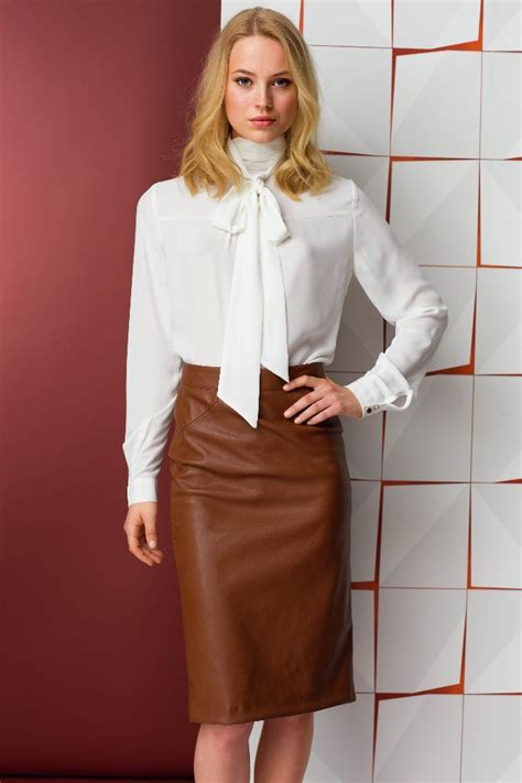 blouses and dresses 1110 best satinbluse images on satin blouses