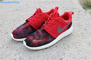 Nike Red Galaxy Roshe Run | The River City News