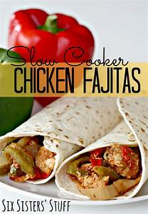 Slow Cooker Chicken Fajitas | Six Sisters' Stuff