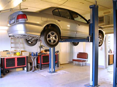 Garage Car Lift Benefits And Advantages