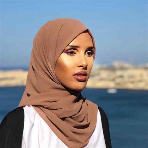 Cara mengatasi lemah syahwat bisa dengan gaya hidup sehat, konseling. Muslimah Style: Meet Rawdah, The Hijabi Pulling Off ...