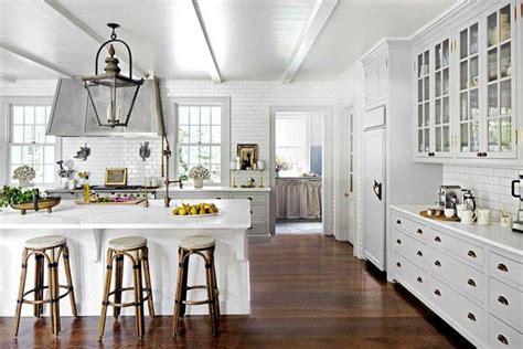 lo que debes llevar a cocinas blancas rusticas cocinas blancas sí o no nuevo estilo