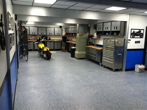 garages cool 09 08 10 9 thethrottle cave garage interior design ideas american Awesome