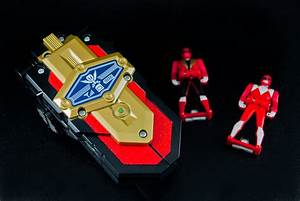 Power Rangers Super Megaforce Legendary Morpher Gallery ...