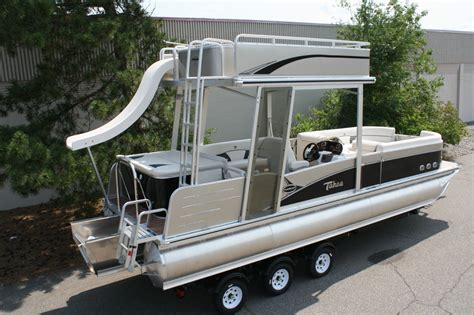 Pontoon Boats For Sale With Slide by Special New 26 Ft Pontoon Boat With Slide