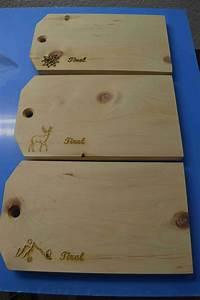 Schneidebrett Holz Mit Gravur : schneidebrett aus edlem zirben holz mit gravur strasser ~ Markanthonyermac.com Haus und Dekorationen