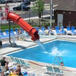 Munster Community Pool  Piscine  8837 Calumet Ave